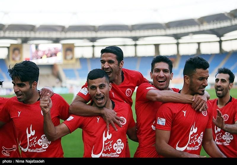 لیگ برتر فوتبال، پیروزی خانگی پدیده مقابل نساجی، نکونام هم حریف یحیی نشد
