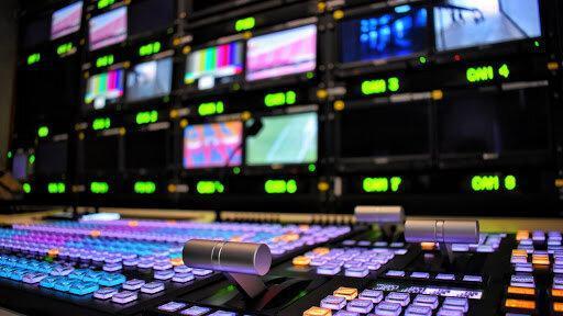 تاکتیک های رسانه های آمریکا؛ ابرقهرمانهای خیالی و پرواز عقاب وار